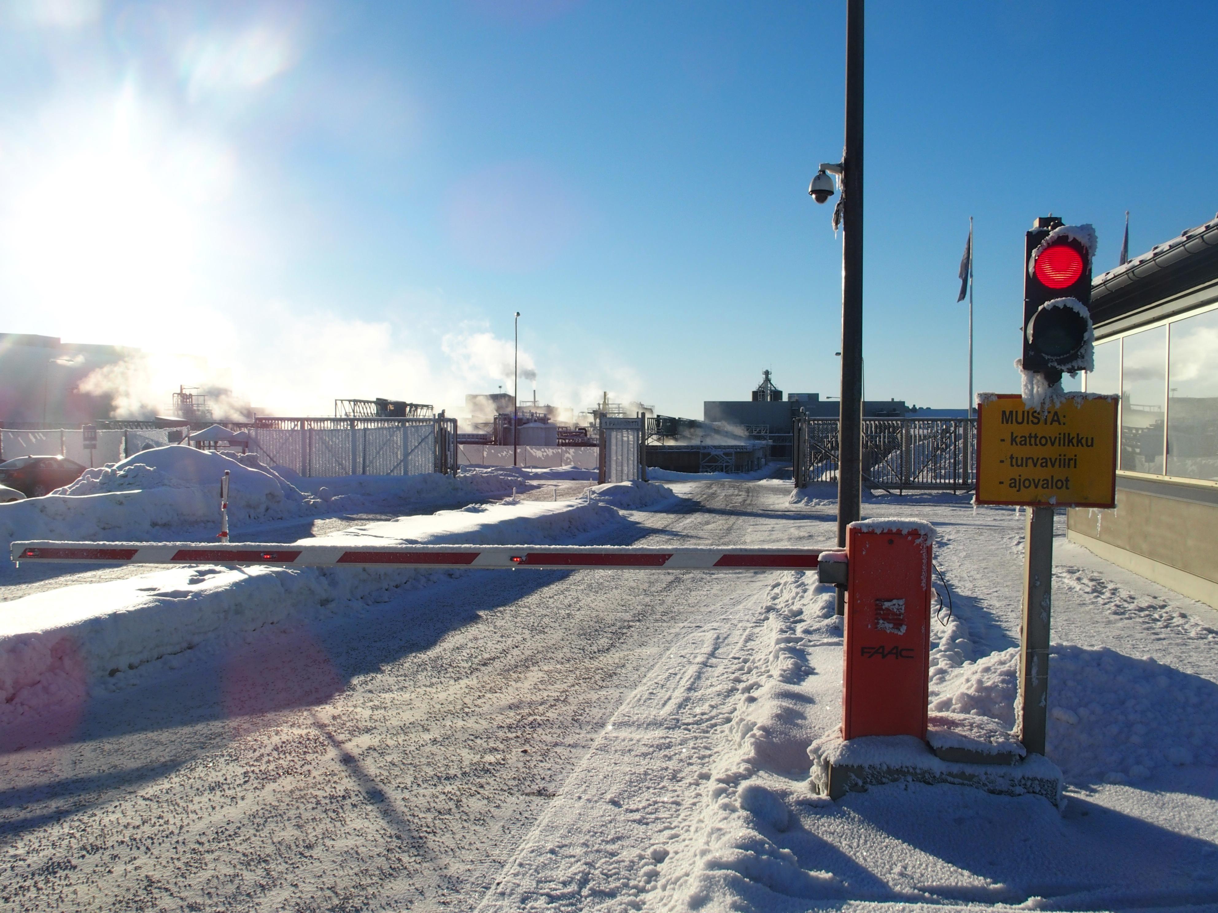Terrafamen kaivoksella viikko päättyi perin aurinkoisissa oloissa. Kaivos sai kaipaamansa osaomistajan ja lisärahoituksen. (Kuva: Pekka Moliis)