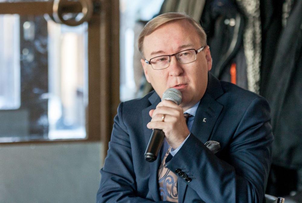 Kaikki maakunnat eivät tule selviämään tiukasta vaatimustasosta ja niukasta rahoituksesta, Timo Reina sanoo Karjalaisen haastattelussa. (Kuva: Henri Salonen)