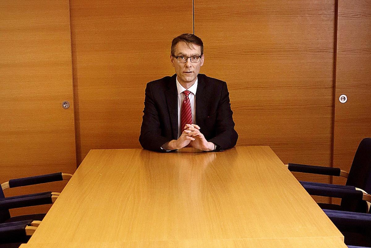 Kuntaliiton pohjatyötä hyödynnetään valinnanvapauden vaikutusarvioiden ja lakipykälien parantamisessa, Tuomas Pöysti sanoo. (Kuva: Liisa Takala)