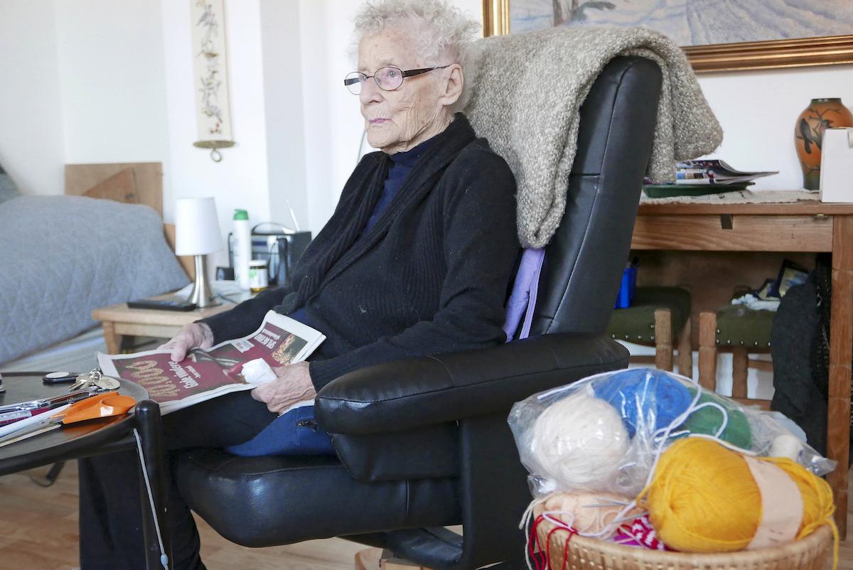 Jytte Madsenin äiti ja isoäiti ovat olleet aikoinaan samassa vanhainkodissa kuin Madsen nyt.