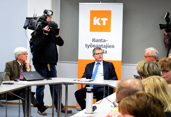 Markku Jalonen työmarkkinaneuvotteluissa
