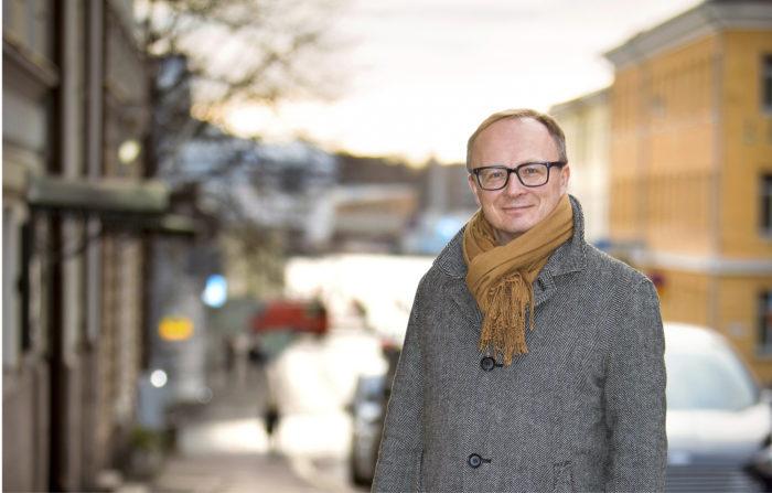 Valtioneuvosto nimitti Kari Hakarin STM:n sosiaali- ja terveydenhuollon ohjausosaston osastopäälliköksi