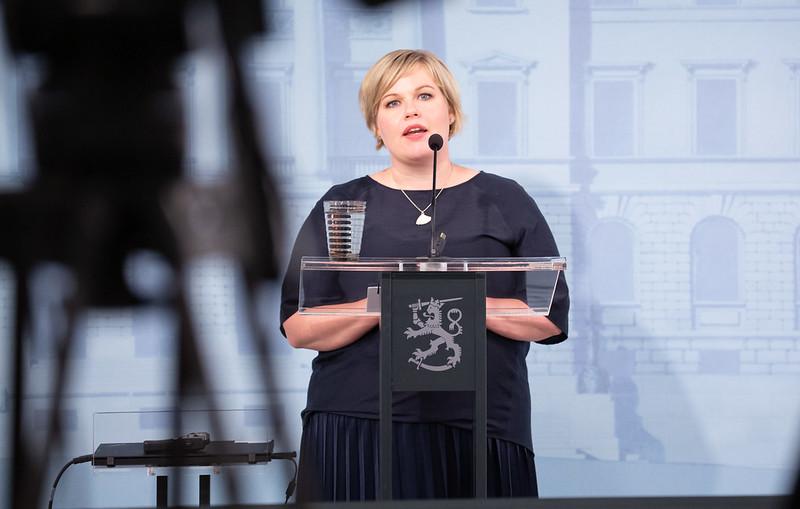 Annika Saarikko valtioneuvoston tiedotustilaisuudessa