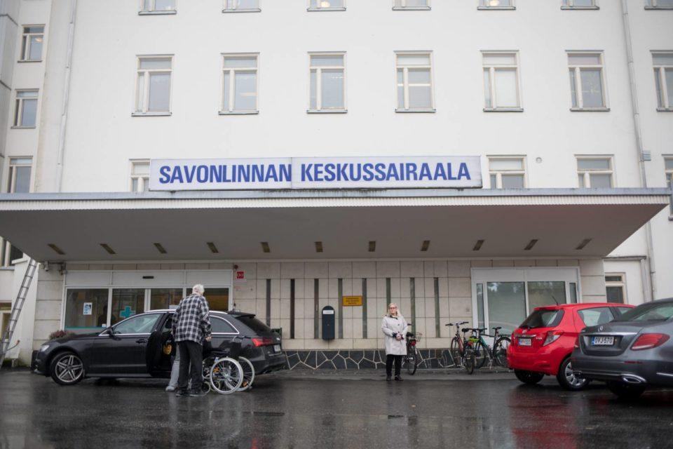 Savonlinnan keskussairaalan sisäänkäynti