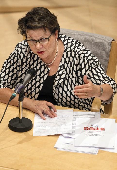 Valtimon kunnanjohtaja Leena Mustonen uskoo mahdollisen kuntaliitoksen antavan entistä paremmat mahdollisuudet kuntalaisten palvelujen hoitamiseen.