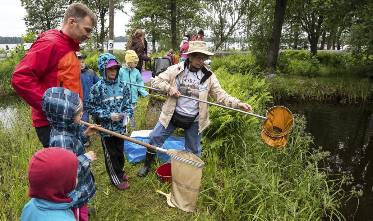 Porlan järviseikkailutovat houkutelleetsatoja osallistujia,etenkin lapsia ja nuoria.