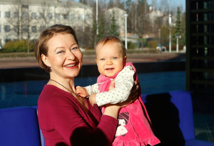 Pirjo Niemi-Järvelin on osallistunut Katri-vauvansa kanssa Keravalla perheryhmän tapaamisiin siitä asti, kun Katri oli nelikuinen.