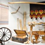 Paimion kunta perusti Lyyli Tuomolan testamenttivaroilla käsityömuseo Miilan. Museon käsityöt ovat Tuomolan suvun naisten taidonnäytteitä.