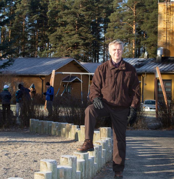 Tapio Salmi on johtanut Toivakan kunnanvaltuustoa vuodesta 2007. Sitä ennen hän oli kunnanhallituksen puheenjohtajana.