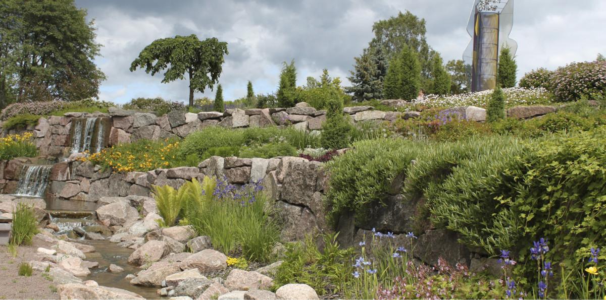 Kotka hyödyntää puistojaan, kuten Karhulan Jokipuistoa, matkailussa. Kuva: Seppo Närhi