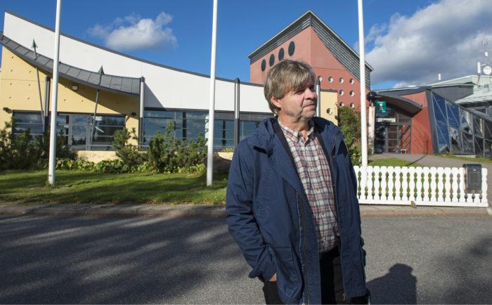 Kylpylähotelli Kivitipussa toiminut turvapaikanhakijoiden vastaanottokeskus suljettiin elokuussa. Hotellille etsitään nyt uutta yrittäjää, kertoo Lappajärven kunnanjohtaja Tuomo Lehtiniemi.