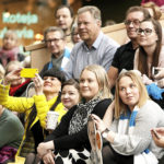 ISTV:n pormestaritentti Sanomatalossa Helsingissä kiinnosti myös nuoria kaupunkilaisia.