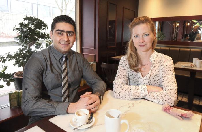 Egyptistä muuttanut Mazhar Elbanna ja Latviasta tullut Veronica Romanenko päätyivät kuntavaaliehdokkaiksi Lohjalla paikallisten tuttaviensa houkuttelemina.