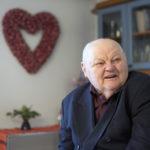 Armas Ylijoki on päätynyt viettämään eläkepäiviään Kuusjoen Kotisatamassa.